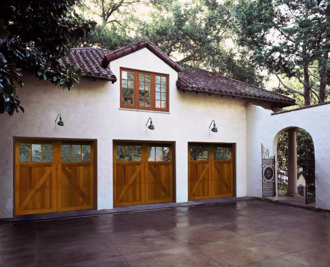When is it Time to Replace Your Garage Door?